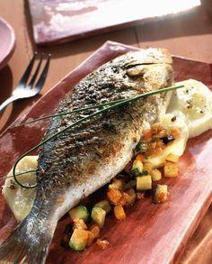 The delicious fish we had in Burano ..Daurade grillée aux épices sur pommes de terre
