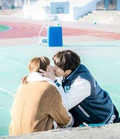 """Start running, will you?"" ""I'll run if you kiss me"" 🙈♥️🙈♥️🙈♥️ Weightlifting Fairy Kim Bok Joo Scene, Weightlifting Kim Bok Joo, Weighlifting Fairy Kim Bok Joo, Nam Joo Hyuk Lee Sung Kyung, Joon Hyung, Kim Book, Swag Couples, Best Kdrama, Nam Joohyuk"