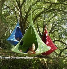 Awesome cocoon hanging chairs