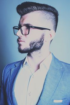 Modeling - Spring Fashion - Men Outfit - Hairstyle - Glasses