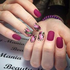 Nails with flower print