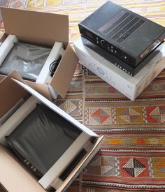 Unboxing Atoll  Amps & CD players
