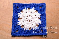 crochet granny square patterns [Free Pattern] This Winter Bliss Square Will Remind You Of The Winter Wonderland Outside - This Winter Bliss Square is the perfect pattern you need to make a snowflake blanket, the design looks just like a snowflake! Granny Square Pattern Free, Granny Square Crochet Pattern, Crochet Granny, Crochet Motif, Free Pattern, Free Crochet, Crochet Stitch, Crochet Snowflake Pattern, Christmas Crochet Patterns