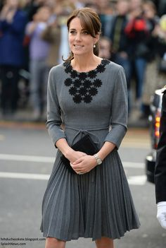 Kate Middleton in Orla Kiely for Visit to Chance UK's Early Intervention Programme - October 27, 2015