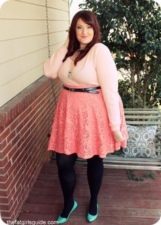 It is so refreshing to see a plus size girl be proud of her figure! I'm a little tired myself of the online fitness communities telling me I have to have NO fat to be hot! Look how cute she is!  (With a link to this girl's fashion blog.)!