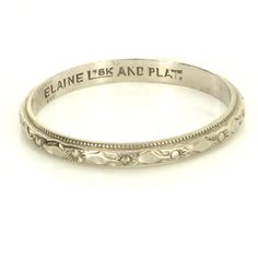 Vintage Art Deco 18 Karat White Gold Platinum Embossed Flower Wedding Band Ring- wrong size but nice carving!