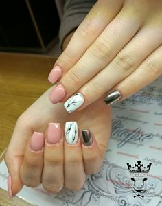 #nails #nailart #mirroreffect #marble #beautymakesyouhappy