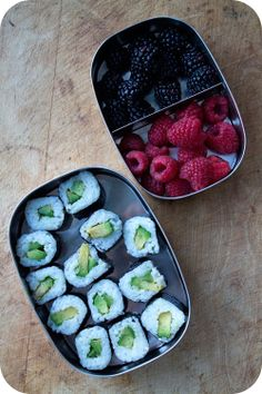 Easy lunch box ideas: avocado sushi; raspberries; and blackberries. http://www.LunchBoxBlues.com