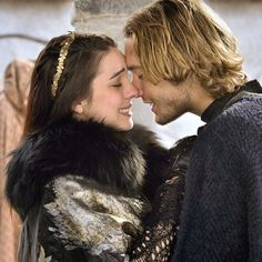 """Reign -- """"Long Live the King"""" -- Image Number: -- Pictured (L-R): Adelaide Kane as Mary, Queen of Scots and Toby Regbo as Prince Francis -- Photo: Ben Mark Holzberg/The CW -- © 2014 The CW Network, LLC. All rights reserved. Mary Queen Of Scots, Queen Mary, Reign Season 2, Season 1, Reign Episodes, Full Episodes, Serie Reign, Reign Mary And Francis, Reign Quotes"""