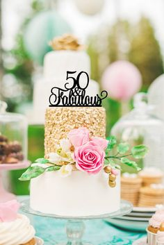 50th birthday cake topper. Simple and elegant! #50thBirthdayPartyIdeas #50thBirthdayIdeas