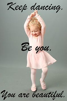 my daughter already loves to dance and sing and she isnt even 5 months old:-) this reminded me of her:-)