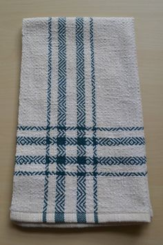 Handwoven Kitchen Towel Handwoven Cotton Towel by TextileRow Loom Weaving, Tapestry Weaving, Hand Weaving, Cotton Towels, Tea Towels, Sampler Quilts, Weaving Projects, Weaving Patterns, Woven Fabric