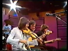 Fairport Convention - Jams O'Donnells Jigs. Live on Scottish TV, 1976.