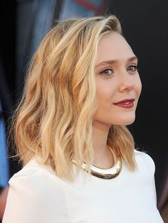 Air-Drying Hair Tips - Elizabeth Olsen's ropy waves hairstyle and red lipstick