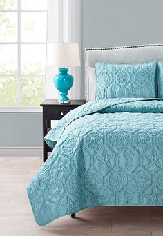 Bolster your bedroom décor with the help of this beautiful quilt set distinguished by inviting color and supersoft construction. Includes quilt and two polyesterMachine wash; Nautical Bedding Sets, Aqua Bedding, Coastal Bedding, Luxury Bedding, Beach Bedding, King Quilt Sets, Queen Quilt, Online Bedding Stores, Quilted Bedspreads