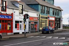 Redmond Road: Kebab Bite, Evans, Pizza Hut, Unique and the National Driver Licence Service.
