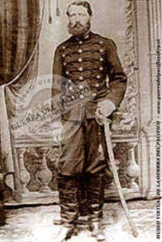 Guzmán, Waldo J. Oficial de Artillería Waldo Julio Guzmán y Guzmán (1849-?) Combatió en la Guerra de la Araucanía desde los 22 años y después, durante la Guerra del Pacífico, participó en la batalla de Tacna y en la Campaña de Lima, desde junio de 1880 hasta el 30 de abril de 1884. Fue condecorado con dos medallas de oro y una barra del mismo metal. En 1891, formó parte del Ejército a la órdenes del Presidente José Manuel Balmaceda, hasta la disolución del mismo por la Junta de Gobierno, en…