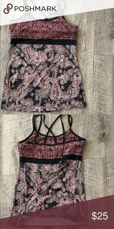 PRANA Maroon Floral Workout Tank XL Built in bra.  Light wear.  Great condition. Prana Tops Tank Tops