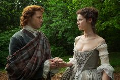 Sam Heughan Pictures on Outlander | POPSUGAR Entertainment
