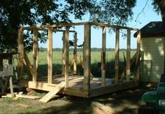 Pallet Chicken Coop/Pallet Kids' Playhouse. They'll never know
