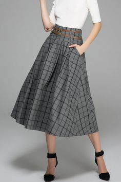 Ethnic gray skirt maxi wool skirt plaid winter skirt by xiaolizi Black Pleated Skirt, Gray Skirt, Midi Skirt, Vintage Rock, Plaid Skirts, Wool Skirts, Long Wool Skirt, 1950s Skirt, Winter Skirt