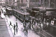 Trams were once a common sight in Sydney. Old Pictures, Old Photos, Wynyard Station, Sydney City, Long Time Friends, Historical Images, Sydney Australia, Aerial View, Travel Posters