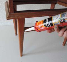 DIY: reciclar una mesilla de noche con chalk paint Chalk Paint, Wine Rack, Diy And Crafts, Rustic, Painting, Furniture, Home Decor, Color Azul, Lana