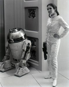 Star Wars: The Empire Strikes Back - Behind the Scenes with Carrie Fisher as Princess Leia and Han Star Wars, Star Trek, Film Star Wars, Star Wars Art, Space Ghost, Images Star Wars, Star Wars Pictures, Starwars, Carrie Fisher