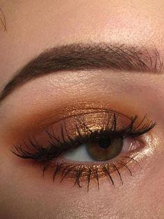 #DiyEyeCream Gold Eyeshadow Looks, Best Eyeshadow, Eyeshadow Makeup, Simple Eyeshadow Looks, Copper Eyeshadow, Eyeshadow For Green Eyes, Eyeshadow Basics, Eyeshadow Step By Step, Matte Makeup