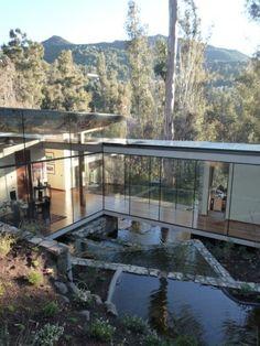 House in Lo Curro / Schmidt Arquitectos Asociados . amazing.