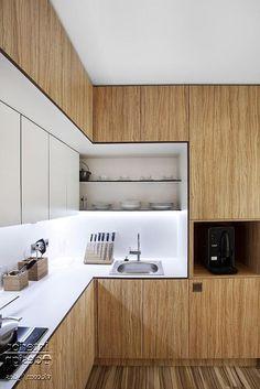 Modern Kitchen Interior 37 Best Modern Kitchen Ideas You'll Dream About ( DIY Tips) Apartment Kitchen, Home Decor Kitchen, Kitchen Furniture, Kitchen Interior, Kitchen Ideas, Kitchen Planning, Apartment Design, Modern Kitchen Cabinets, Kitchen Cabinet Design