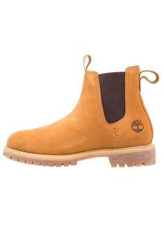 0312e5f0 ¡Consigue este tipo de botas básicas de Timberland ahora! Haz clic para ver  los
