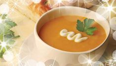 This pumpkin soup is a family favourite. Full of the flavour of roast pumpkin, it is perfect with a dollop of sour cream and a sprinkle of fresh chives alongside some crusty bread. Spiced Pumpkin Soup, Butternut Squash Soup, Pumpkin Risotto, Carrot Soup, Roast Pumpkin, Healthy Pumpkin, Pumpkin Puree, Pumpkin Spice, Quick Soup Recipes