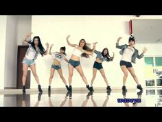 Girls' Generation 소녀시대 I GOT A BOY ★Waveya ver (dance practice). It's nice to see the complete routine in the music video without all the cute scenes. Wave Dance, Dance Music Videos, Sistar, Dance Choreography, Fantastic Baby, India, Girl Dancing, Electronic Music, Korean Beauty