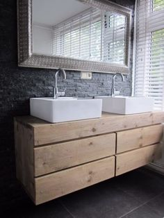 Large Shower Heads, Large Beds, Blue Bath, New Toilet, White Bathroom, Bathroom Inspiration, Interior Design Living Room, Double Vanity, House Styles