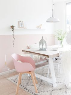 Whatever it is, we have selected a few home office ideas that are not only beautiful, but they will also help you get some work done at home! Scandinavian Interior, Home Interior, Interior Styling, Room Inspiration, Interior Inspiration, Modern Office Decor, Sweet Home, Pastel House, Ideas Hogar
