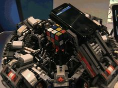 Rubiks Cube Robot cool animated weird animation thinking gifs gif computer intelligence robot