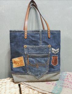 [자요빈] 감성빈티지샵 청바지리폼 업사이클링가방 Hippie Bags, Boho Bags, Unique Handbags, Purses And Handbags, Backpack Purse, Tote Bag, Recycle Old Clothes, Plastic Bag Holders, Denim Purse
