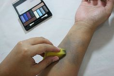 5 Tips on How to Make a Fake Bruise With Make Up - wikiHow