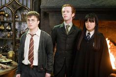 Harry Potter and the Order of the Phoenix - Publicity still of Daniel Radcliffe, Katie Leung & Chris Rankin. The image measures 1400 * 906 pixels and was added on 3 July Mundo Harry Potter, Harry James Potter, Harry Potter Fandom, Harry Potter Characters, Harry Potter Hogwarts, Hogwarts Mystery, Hogwarts Houses, Katie Leung, Albus Dumbledore