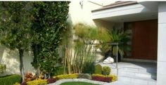 here are fabulous and exciting ways to glam up your boring front yard and home entrance, making your home a sparkling sight House Entrance, Unique Furniture, Backyard Landscaping, Exterior Design, Garden Design, Landscape, Architecture, Outdoor Decor, Plants