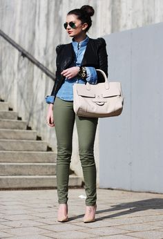 CHAMBRAY TOPS WITH BLAZER + FATIGUE SKINNY