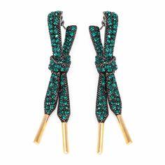 Rod Almayate emerald 'Puri Lace' earrings as seen on Queen Letizia