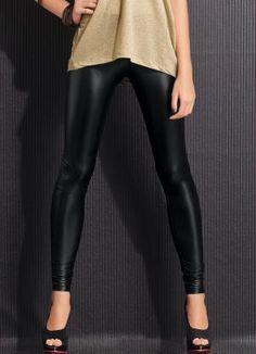 Calça Preta Brilhante Modelo Skinny - Posthaus $49,99