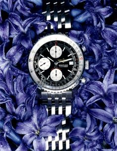 Accessories Styling | Floral bed for a men's watch