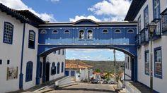 Diamantina é uma cidade histórica, com diversos atrativos naturais e culturais, como: museus, igrejas e antigas construções que aguardam por você! Confira uma lista com os principais pontos turísticos em Diamantina e agende a sua viagem.