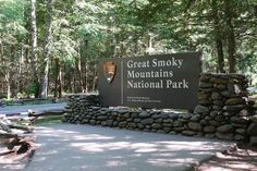Why There is No Great Smoky Mountains National Park Entrance Fee : Why There is. : Why There is No Great Smoky Mountains National Park Entrance Fee : Why There is No Great Smoky Mountains National Park Entrance Fee Downtown Gatlinburg Hotels, Gatlinburg Vacation, Tennessee Vacation, Great Smoky Mountains, Free Things To Do, Things To Know, Sidney James Mountain Lodge, Smoky Mtns, Mountain Vacations