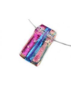 Handgemaakte glazen hanger van stroken roze en blauw dichroide glas!