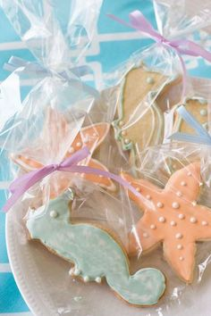 Seahorse and starfish cookie favors