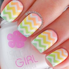 Here's a more complicated ombre pattern of pastel colors. The colors are soothing to the eyes so making a full hand of Chevron patterned nail won't look too much.